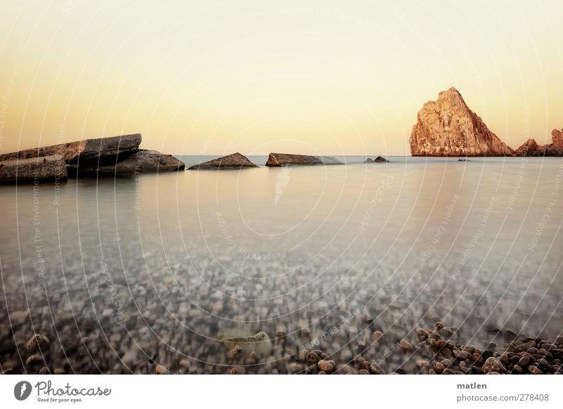Sky Water White Ocean Beach Landscape Coast Horizon Brown Rock Beautiful weather Cloudless sky Motionless