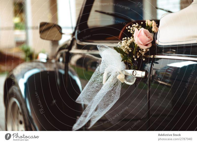 Flower on handle of retro car Car Handle Retro Wedding Fresh Rose Hanging cabriolet Vintage Street Beautiful Feasts & Celebrations Wonderful Aromatic Design