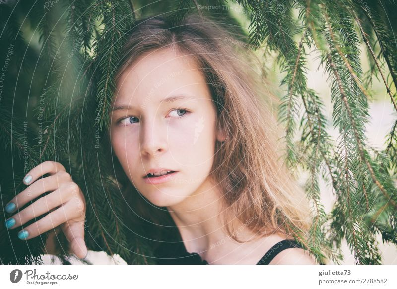 You gotta be sneaky. Trust's good. Stalk's better. Feminine Young woman Youth (Young adults) Life 1 Human being 13 - 18 years Summer Park Long-haired Observe