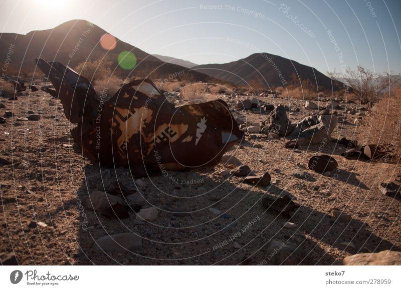 Blue Mountain Brown Desert Trash Decline Environmental pollution Crash Scrap metal Building rubble