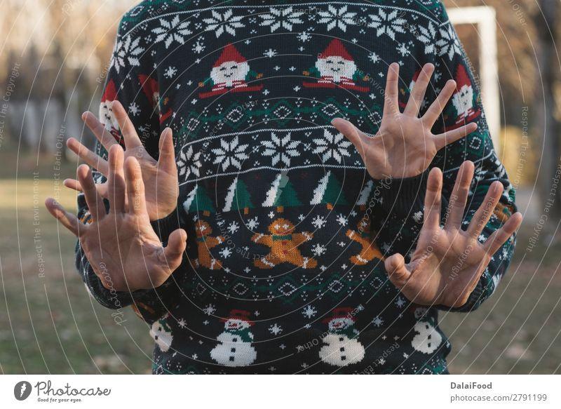 Couple Hands for christmas Woman Beautiful White Red Sun Forest Winter Lifestyle Adults Love Emotions Family & Relations Happy Feasts & Celebrations