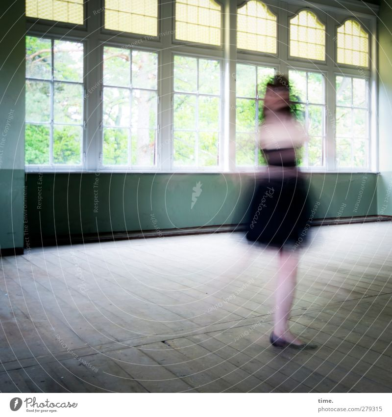 Unfinished Ballroom Story (VI) Feminine 1 Human being Dance Dancer Hall Window Rotate Elegant Free Historic Joie de vivre (Vitality) Enthusiasm Movement Speed