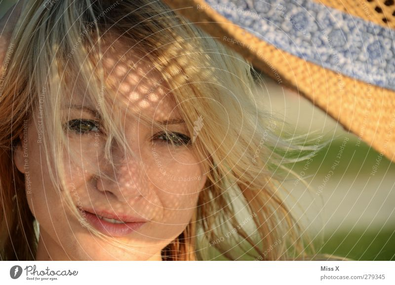 sun pattern Summer Summer vacation Sun Sunbathing Feminine Young woman Youth (Young adults) Face 1 Human being 18 - 30 years Adults Hat Blonde Beautiful