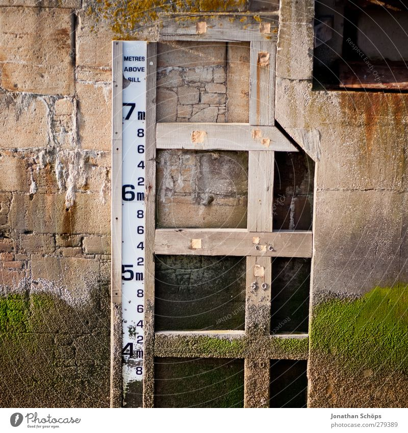 Digits and numbers Harbour Measure Motionless 7 Meter Scale Low tide Dock Flood Limit Shipyard Water damage Signal Ruler Measurement