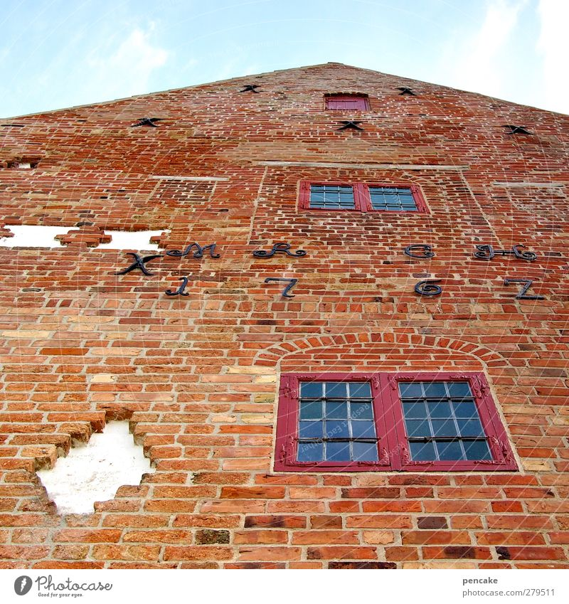 Spøttrup Borg himinam Castle Manmade structures Facade Tourist Attraction Might Safety Protection Belief Humble Brick construction Medieval times Lord's Prayer