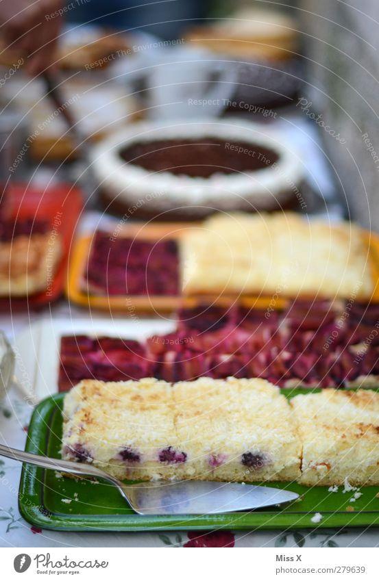 Feasts & Celebrations Food Birthday Nutrition Sweet Delicious Crockery Cake Plate Baked goods Gateau Dessert Dough Buffet Birthday cake Dish