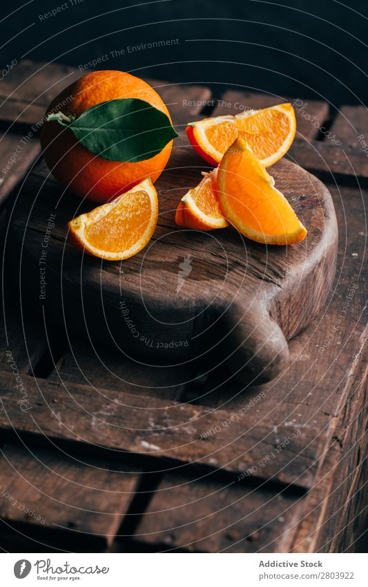 Fresh cut oranges bio Breakfast citrus Delicious Drinking Fruit Healthy Juice Orange Organic Raw Tasty Vitamin Gourmet Markets Meal Detail Natural Yellow