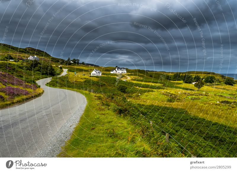 Lonely road in picturesque countryside on the Isle of Skye Adventure Flat (apartment) Architecture Vantage point Loneliness Relaxation guest house Building