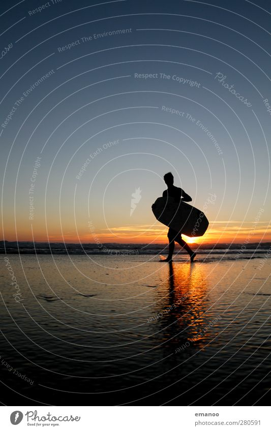 Mr. Skimboard Lifestyle Style Joy Leisure and hobbies Vacation & Travel Freedom Summer Summer vacation Beach Ocean Waves Sports Aquatics Human being Masculine