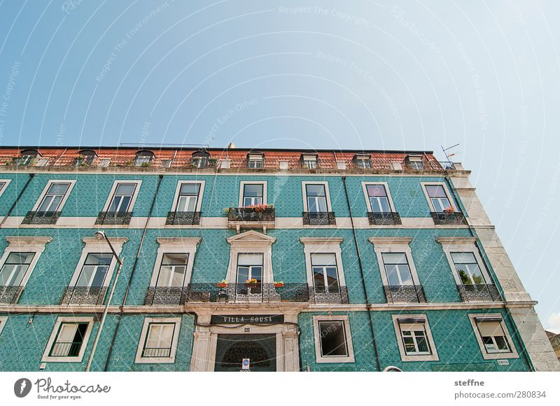 Holiday in spirit Cloudless sky Sunlight Spring Summer Beautiful weather Lisbon Portugal Capital city Old town House (Residential Structure) Wall (barrier)