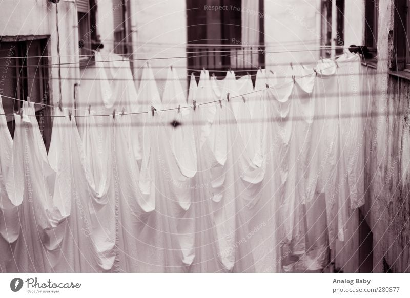 Old White Beautiful Black Exceptional Elegant Authentic Lifestyle Esthetic Uniqueness Curiosity Creepy Ghosts & Spectres  Dry Spain Clothesline