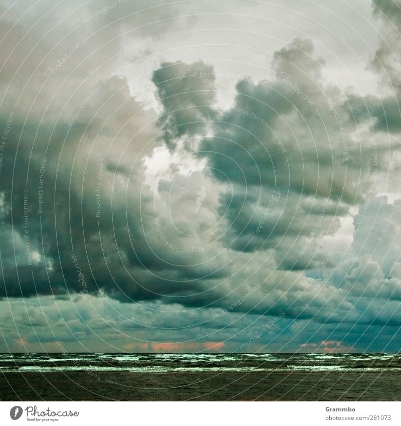 Water Clouds Dark Rain Waves Threat Regen County North Sea Dreary Covered