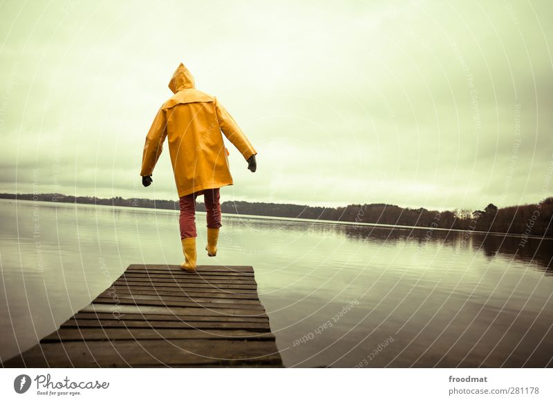 Human being Man Youth (Young adults) Water Vacation & Travel Landscape Adults Yellow Cold Autumn Young man Lake Masculine Trip Dangerous Adventure