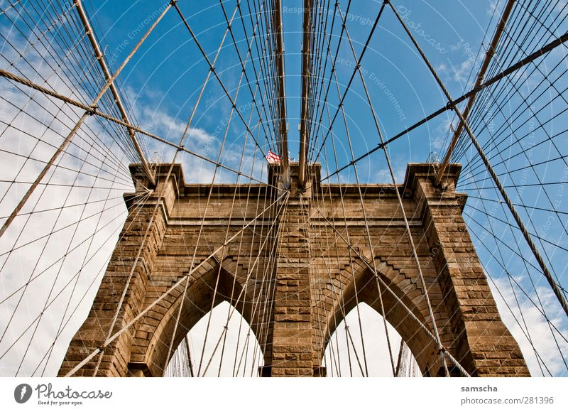 Sky Old City Clouds Above Architecture Stone Going Esthetic Perspective Bridge Driving River Historic Gate Tourist Attraction
