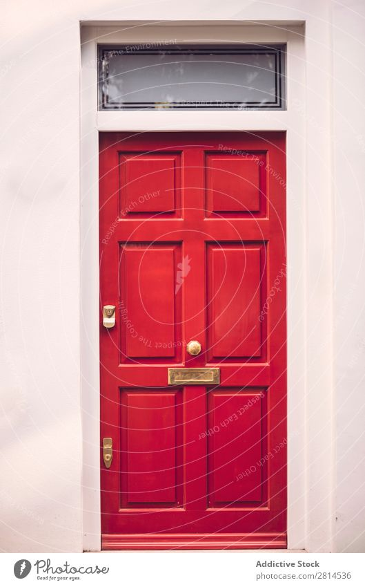 Red door in London Door Entrance House (Residential Structure) Home British England front doorway Old Architecture Facade Exterior Great Britain Street Painted