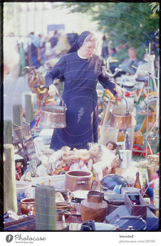 Woman Black Markets Clergyman Münster Penguin Catholicism Religion and faith Flea market Nun