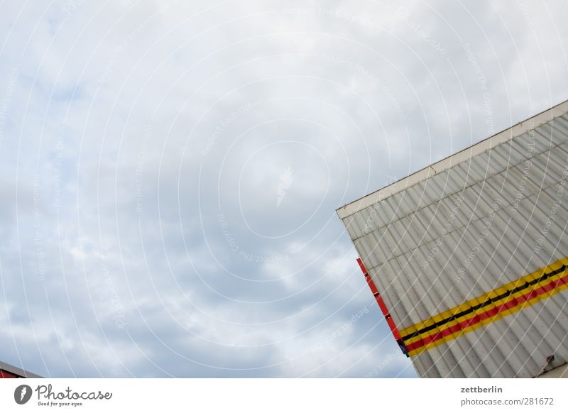 Sky City Clouds House (Residential Structure) Wall (building) Architecture Wall (barrier) Building Line Facade Decoration Roof Stripe Manmade structures Story Downtown