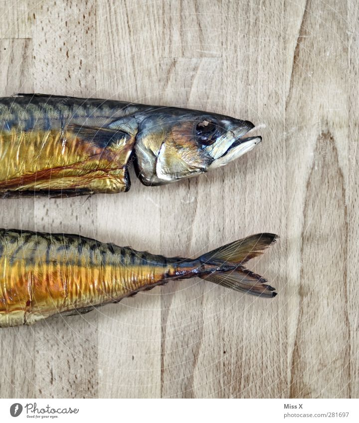 In one piece Food Fish Nutrition Dinner Healthy Hideous Delicious Mackerel Smoked Fin Fish head Board Wood Divided Subdued colour Close-up Structures and shapes