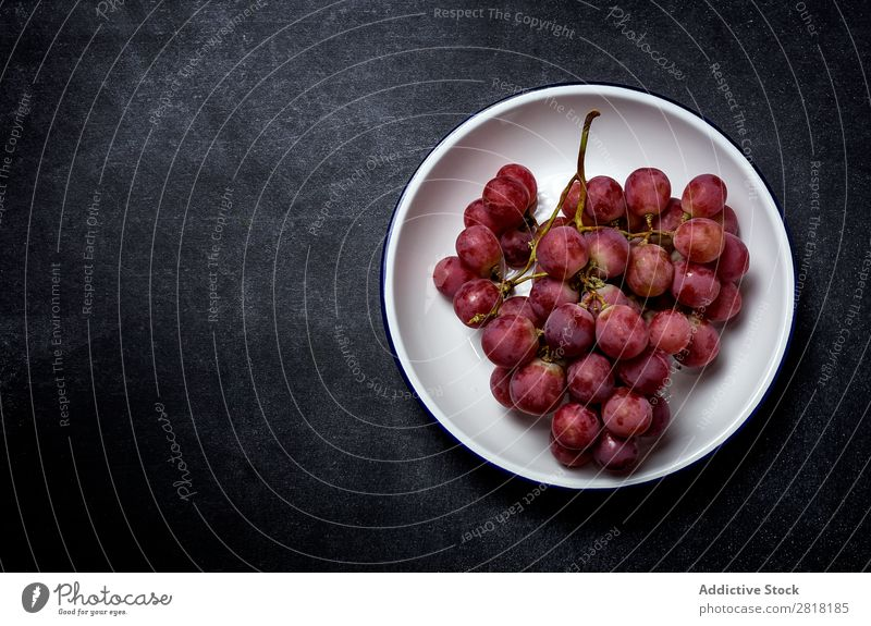 Grapes bunch on plate Bunch of grapes Mature Plate Fruit Fresh Healthy Food Sweet Berries Nature Dessert Nutrition Branch Juicy Purple Harvest Red Natural