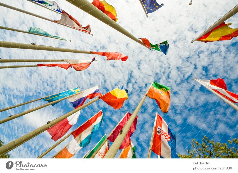 flags Sky Clouds Wind Gale Sign Flag Identity Flagpole Judder International Nationalities and ethnicity federation of nations wallroth Blow Wind speed