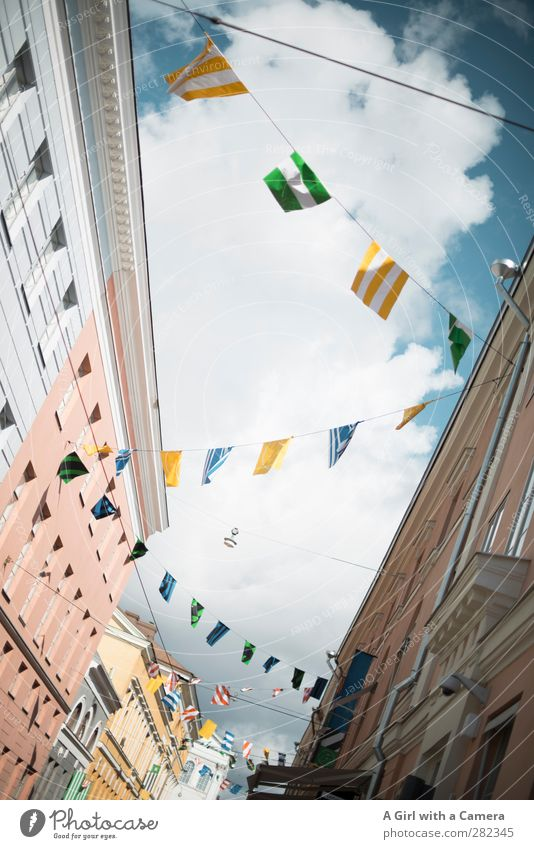 600 flags Helsinki Finland Town Capital city Port City Downtown Old town Pedestrian precinct House (Residential Structure) Manmade structures Architecture