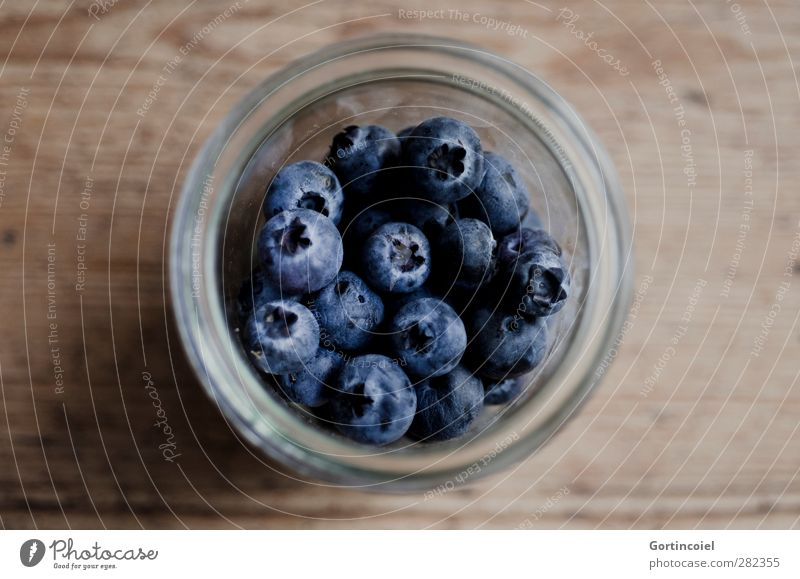 Blue berries Food Fruit Nutrition Organic produce Vegetarian diet Diet Glass Fresh Healthy Delicious Brown Blueberry Wooden table Food photograph Berries