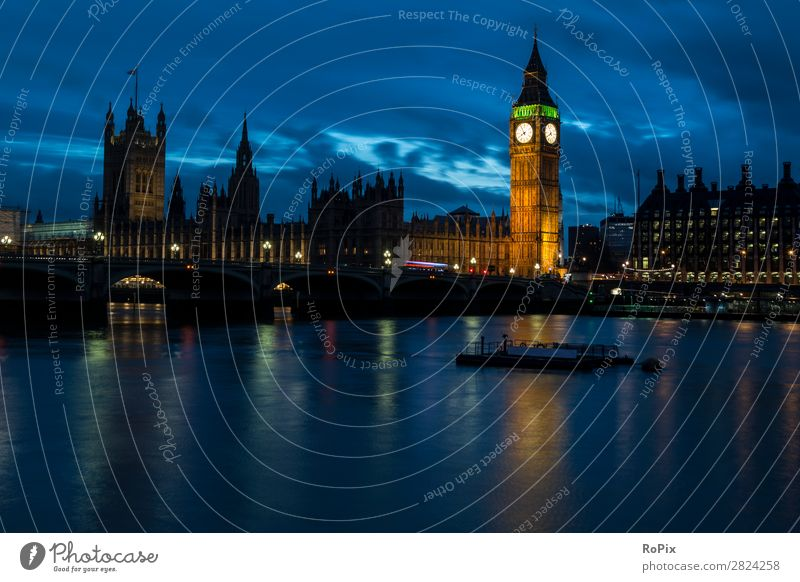 Evening atmosphere at the Thames. Vacation & Travel Tourism Sightseeing City trip Night life Economy Architecture Environment Water Sky Night sky Climate