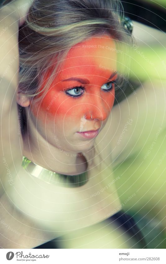 passing Feminine Young woman Youth (Young adults) 1 Human being 18 - 30 years Adults Blonde Exceptional Green Orange Bodypainting Make-up Stage make-up