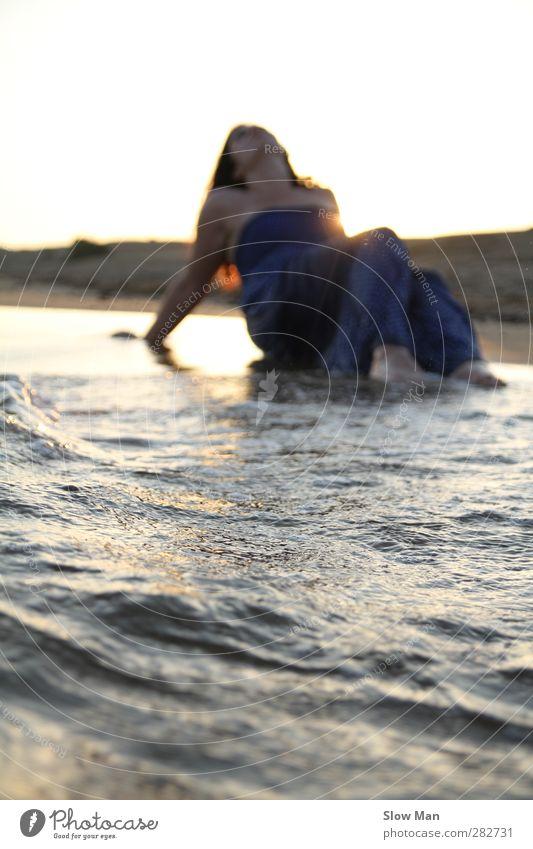 mini tsunami. Lifestyle Beautiful Personal hygiene Fitness Wellness Harmonious Well-being Contentment Senses Relaxation Calm Meditation Massage