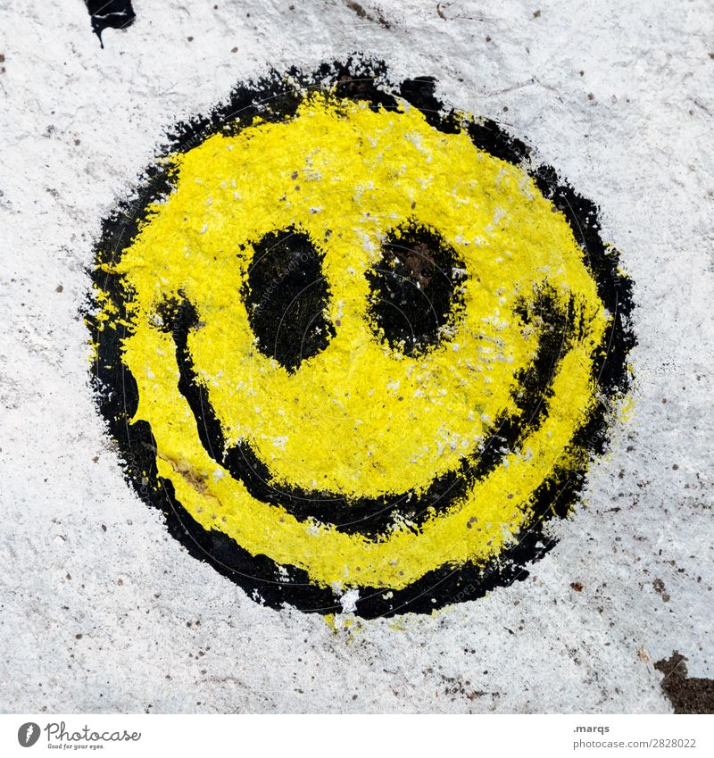 :) Wall (barrier) Wall (building) Smiley emoji Grinning Sign Hip & trendy Modern Trashy Joy Happiness Contentment Spring fever Anticipation Euphoria Communicate
