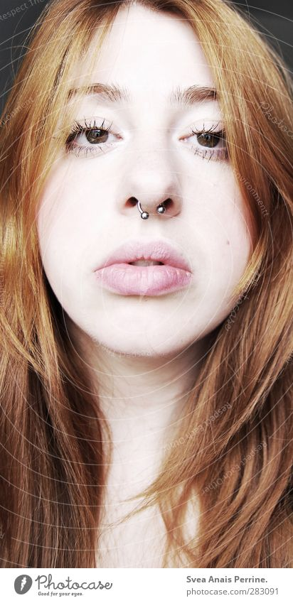! Feminine Young woman Youth (Young adults) Head Hair and hairstyles Nose Mouth Lips 1 Human being 18 - 30 years Adults Piercing septum Red-haired Long-haired
