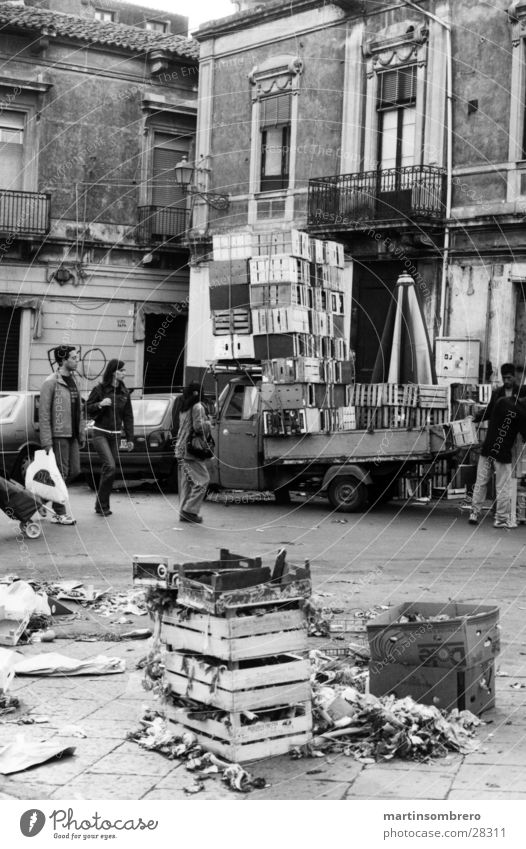 Human being House (Residential Structure) Street Architecture Dirty Places Italy Markets Crate Marketplace Untidy Merchant Tidy up Catania