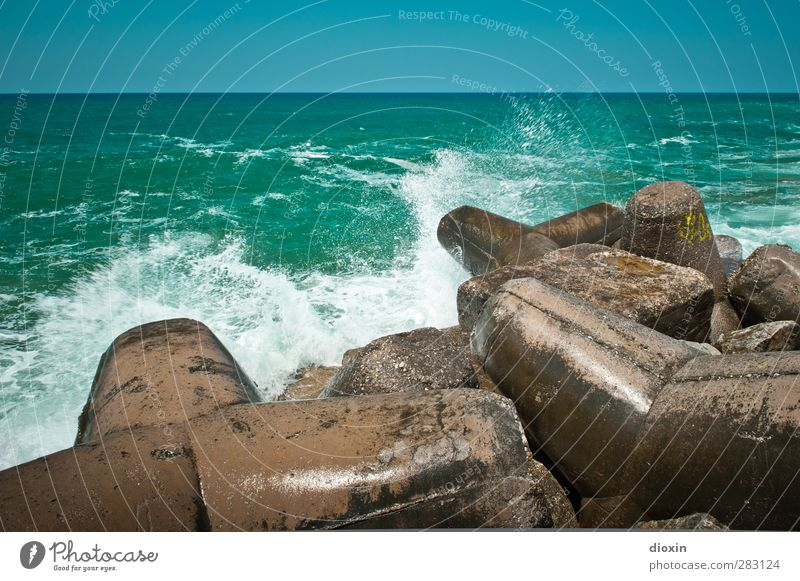 Breakwater -2- Vacation & Travel Tourism Trip Summer Summer vacation Ocean Island Waves Environment Nature Elements Water Sky Cloudless sky Beautiful weather