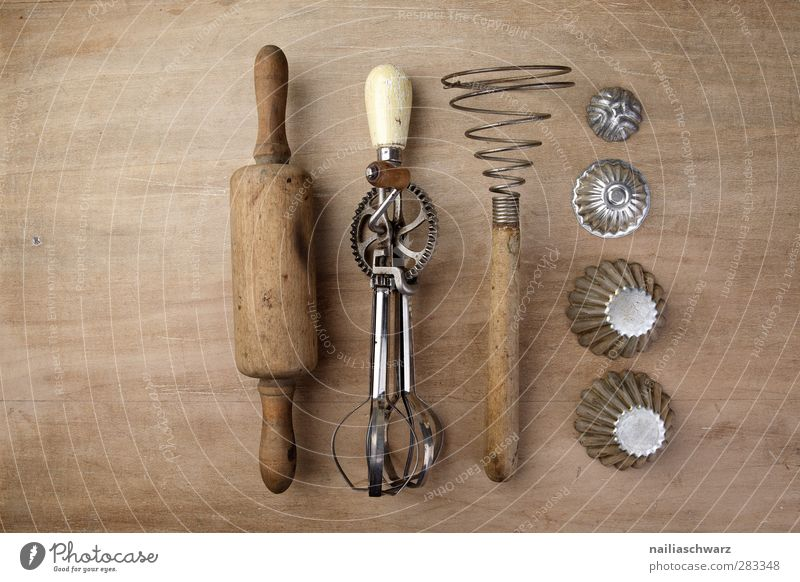 kitchen utensils Nutrition Kitsch Odds and ends hand mixer Mixer Mechanical Manual cooking appliances Rolling pin Beater moulds Old Brown Silver Retro
