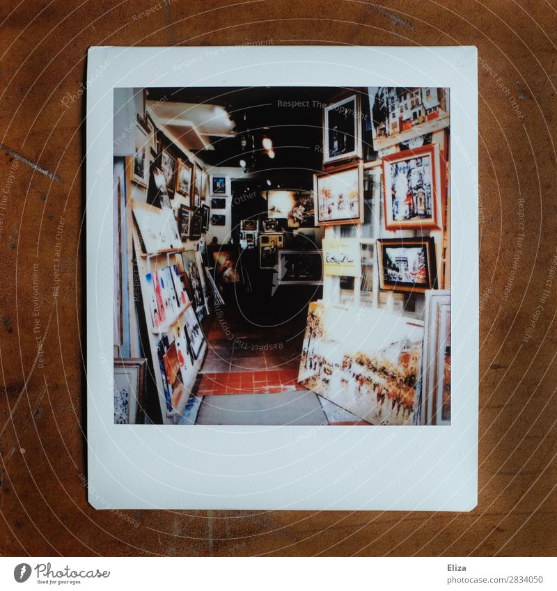 Montmartre, Paris Atelier Creativity Artist Painting and drawing (object) Store premises Art gallery Picture frame Subdued colour Polaroid