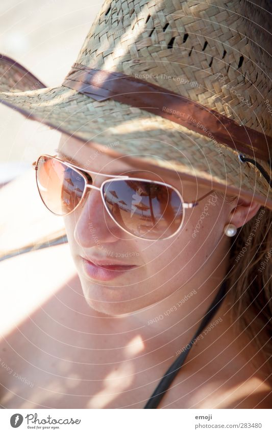 beach II Feminine Young woman Youth (Young adults) Face 1 Human being 18 - 30 years Adults Summer Beautiful weather Warmth Hot Sunglasses Sunhat Colour photo