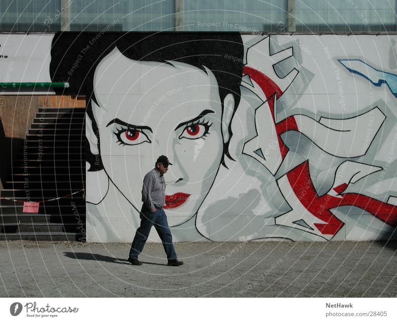 Woman Human being Man Mouth Graffiti Lips