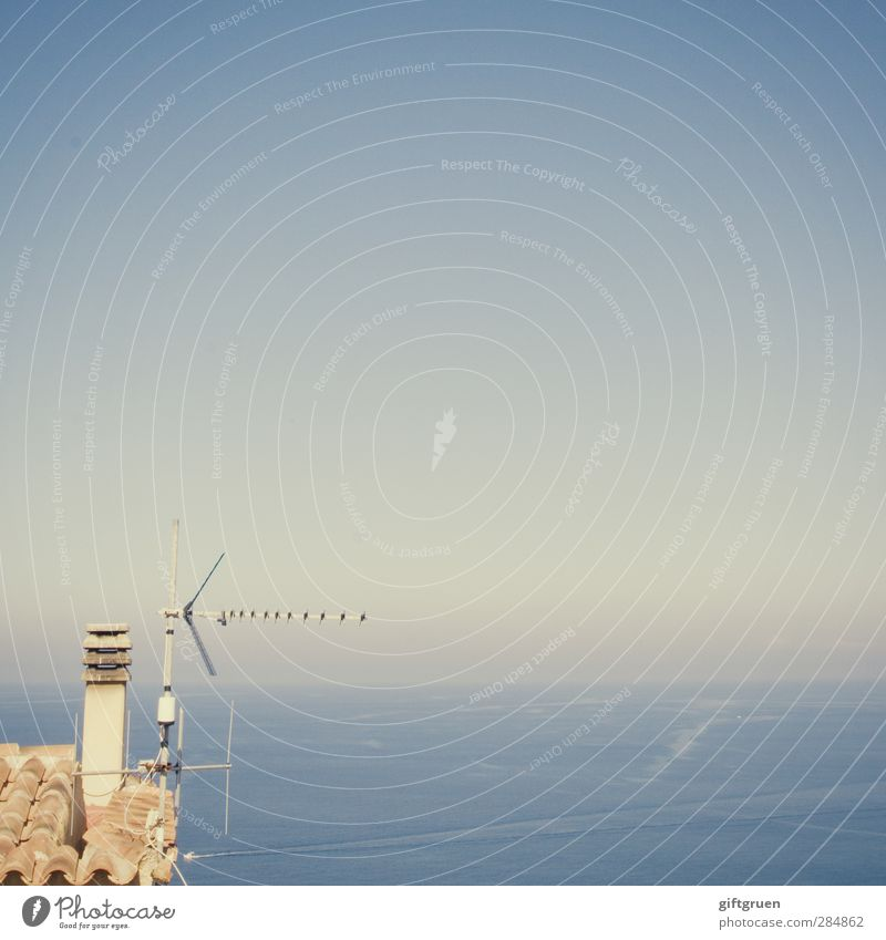 sea noise Environment Elements Water Sky Cloudless sky Horizon Beautiful weather Waves Ocean Blue Receive Transmit Antenna Equipment Electrical equipment