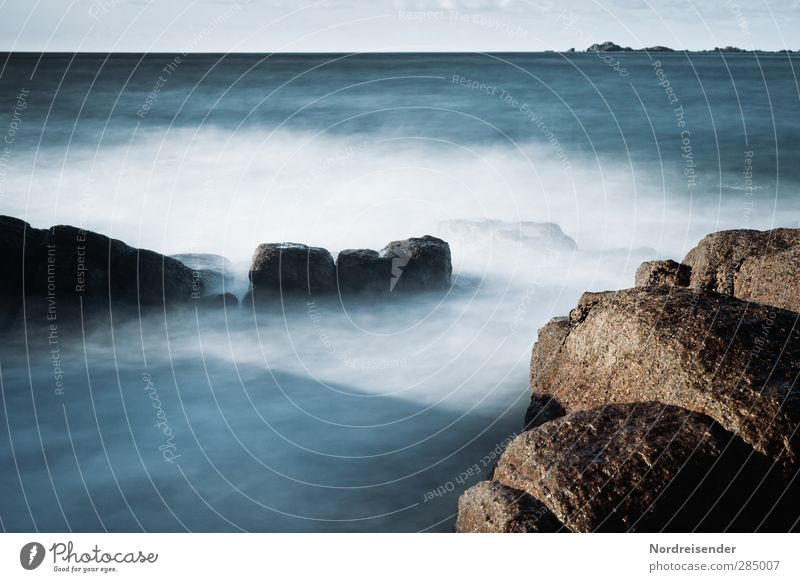 Nature Blue Ocean Far-off places Cold Life Movement Coast Freedom Horizon Dream Moody Rock Brown Natural Waves