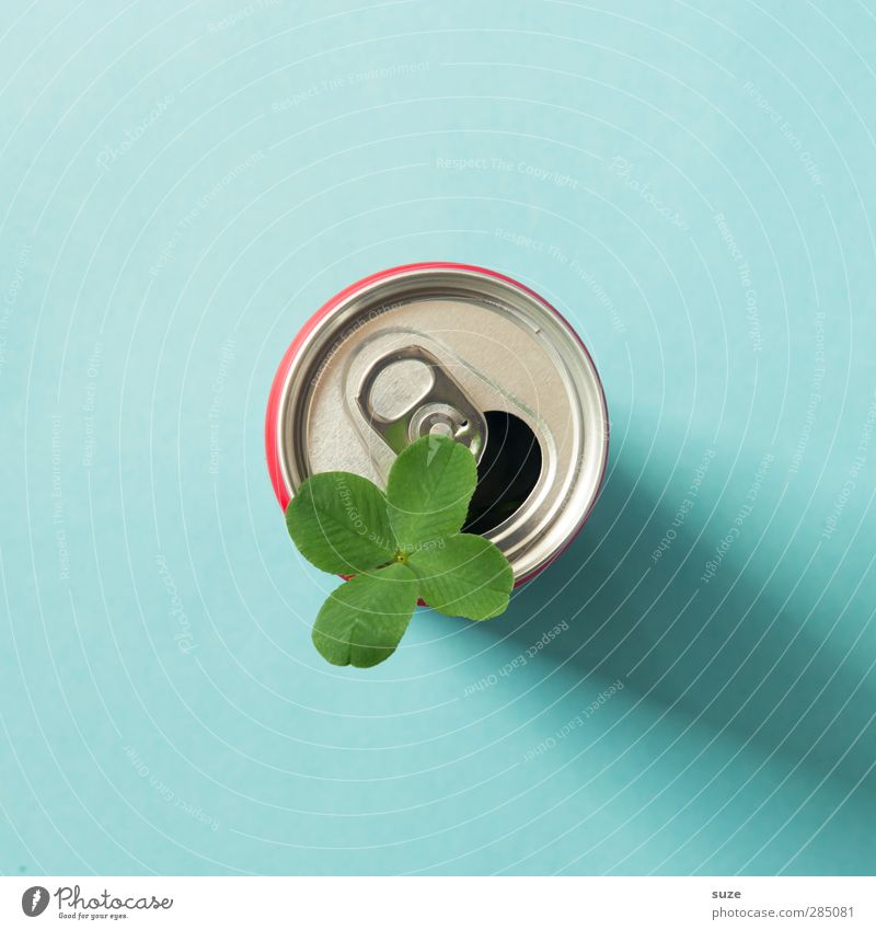 Happy in a can. Beverage Design Environment Leaf Packaging Tin Metal Simple Friendliness Cute Blue Green Silver Thirst Environmental protection Deposit on cans