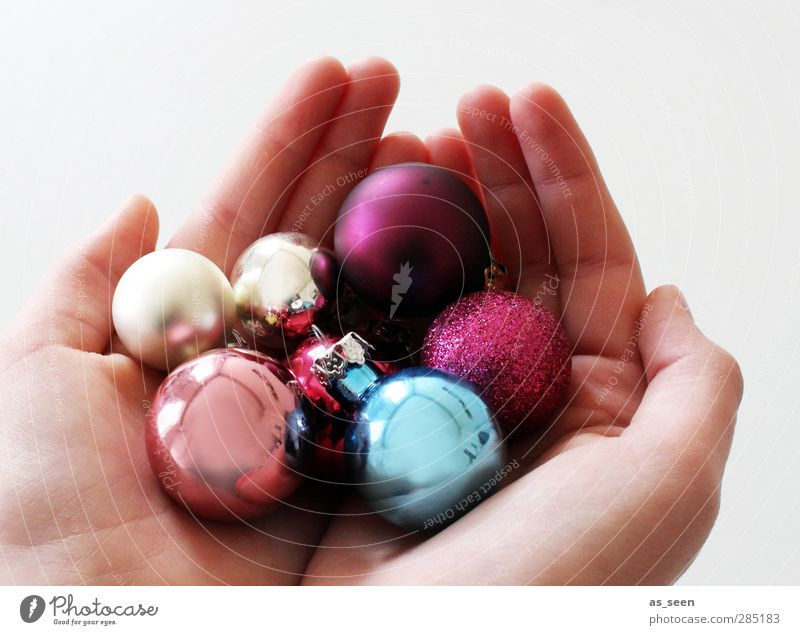 Human being Child Blue Christmas & Advent Hand Emotions Happy Feasts & Celebrations Friendship Pink Glittering Gold Infancy Illuminate Glass Decoration