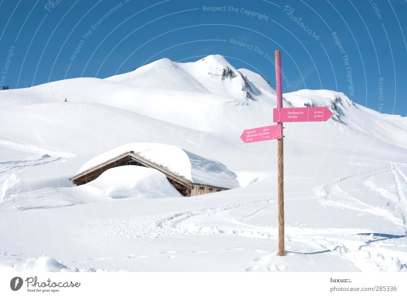 Nature Vacation & Travel Winter Landscape Relaxation Mountain Snow Lanes & trails Hiking Tourism Sign Wellness Hut Direction Winter sports Road marking