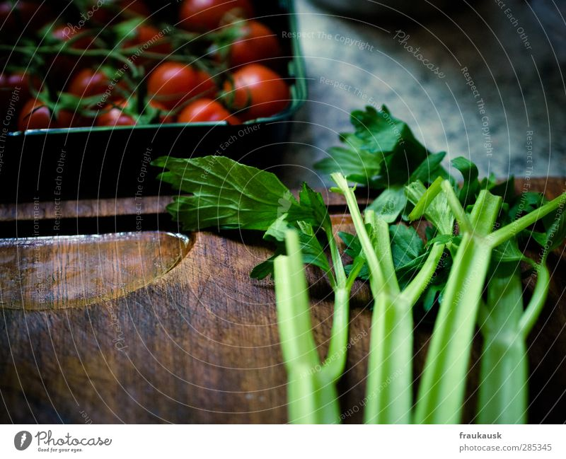 soup green Food Vegetable Nutrition Lunch Organic produce Vegetarian diet Fresh Healthy Greens Celery Tomato Chopping board Wooden board Multicoloured