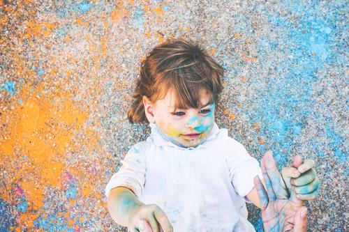 Little girl dirty of paint Lifestyle Style Joy Leisure and hobbies Playing Children's game Parenting Kindergarten School Human being Feminine Toddler Girl