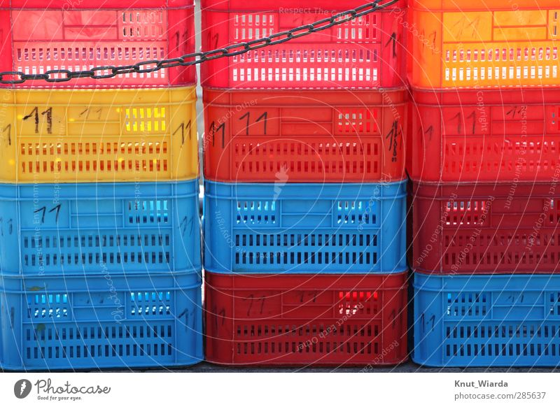 Colorful boxes Trade Plastic Blue Multicoloured Yellow Red Chain Crate Fish bin vegetable crates safekeeping Stack Colour photo Exterior shot Deserted Day