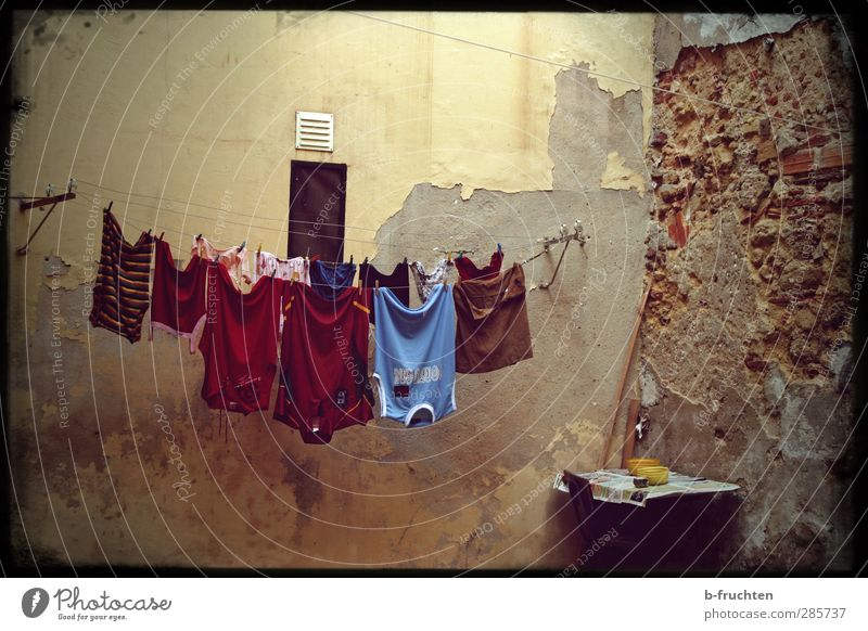 Old Loneliness Calm Wall (building) Wall (barrier) Poverty Clothing Simple Transience Washing Laundry Dry Textiles Backyard Clothesline Caution