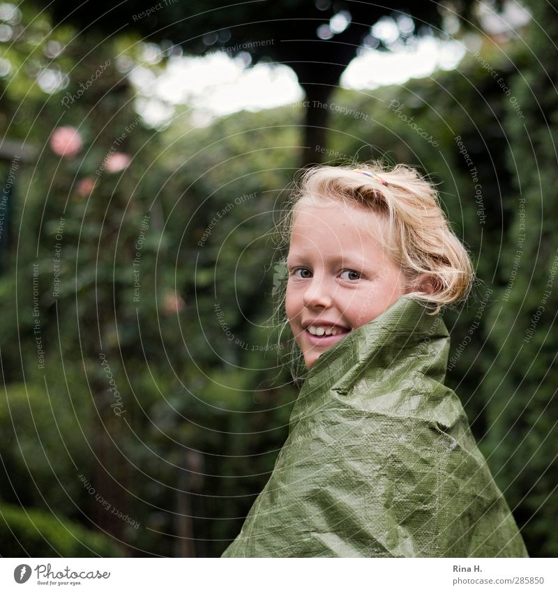 Catwalk II Playing Girl 1 Human being 8 - 13 years Child Infancy Garden Hair and hairstyles Blonde Smiling Authentic Beautiful Cute Green Joy Creativity