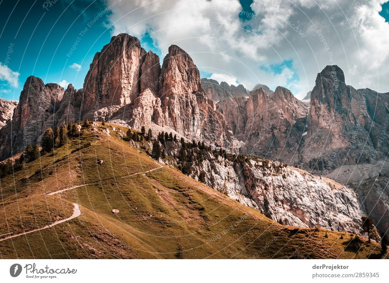 Clouds and shadows in the Dolomites VI Central perspective Deep depth of field Sunbeam Sunlight Light (Natural Phenomenon) Silhouette Contrast Shadow Day