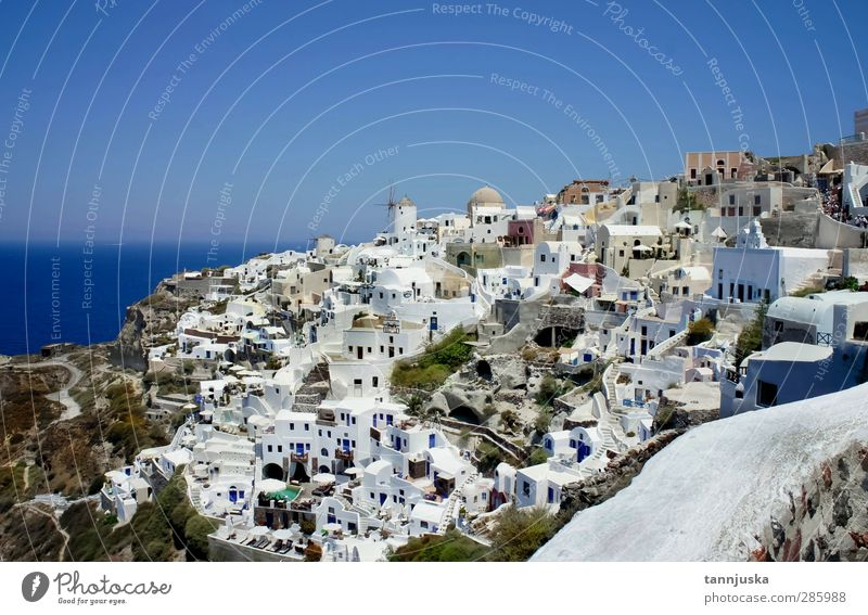 Santorini City House (Residential Structure) Wall (building) Wall (barrier) Climate Stairs Church Fantastic Balcony Terrace
