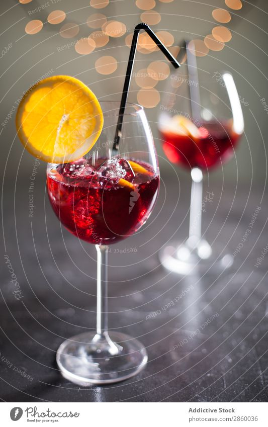 Spanish Sangria sangria Wine Red Punch Juice Drinking Glass Cocktail Fruit Home-made Alcoholic drinks Food Fresh Beverage Cold Sweet Orange Lemon Summer